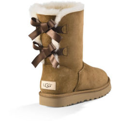 UGG Women's Bailey Bow II Boot in Chestnut Size 3 Shearling